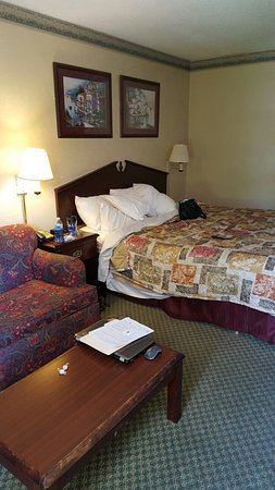 Howard Johnson Inn Concord/Kannapolis : 20160722_122908_large.jpg