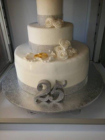 Torta 25 Anni Di Matrimonio Photo De Non Solo Gelato Belmonte