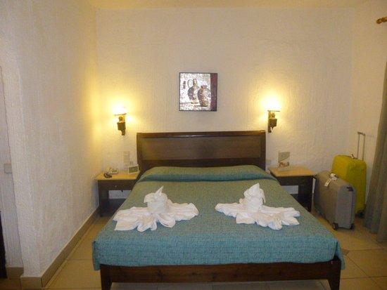 chambre - Bild von Hersonissos Maris Hotel and Suites ...