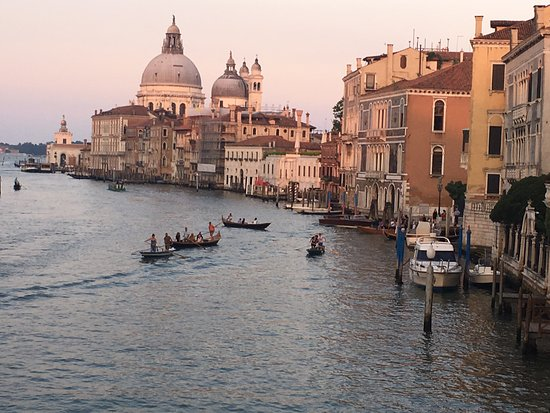 Locanda Ca' Zose: View from the nearby bridge of the grand canal, and general area of the hotel