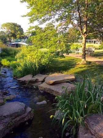 Cox Arboretum MetroPark