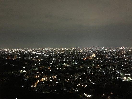Higashiyama Sky Tower : 妻の誕生日ディナー後のデザート夜景