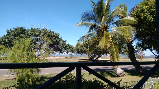Bowen, Australien: View from one of the 'Harbour Villa' balconies