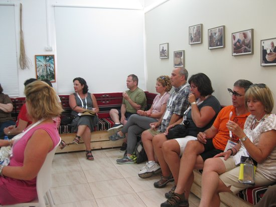 Kfar Cana, Israel: A synagogue from Cincinnati, OH visited Sindyanna and enjoyed our olive oil