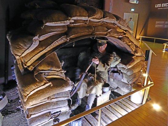 Musee de la Bataille de Fromelles : Dugout
