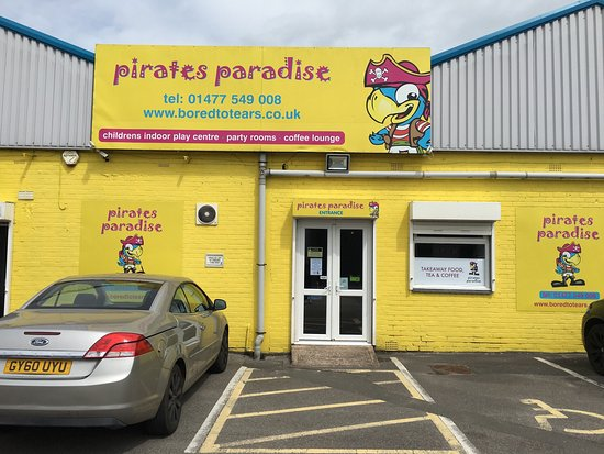 Holmes Chapel, UK: New chairs and extra tables at Pirates Paradise