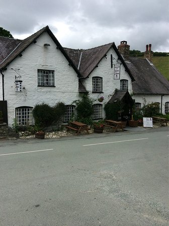 Llanarmon DC, UK: photo1.jpg
