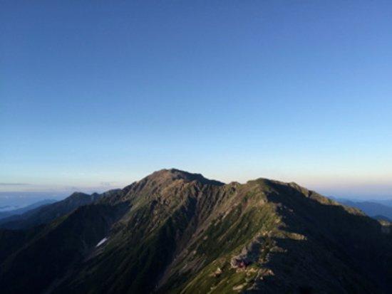 Mt. Kitadake: 北岳から南方を望む、間ノ岳、農鳥岳。2015年8月