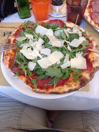 Montecatini Val di Cecina, Włochy: Pizza wunderbar