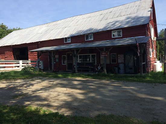 Chestertown, NY: Office / Barn / Trail Hand Lodging all in one.