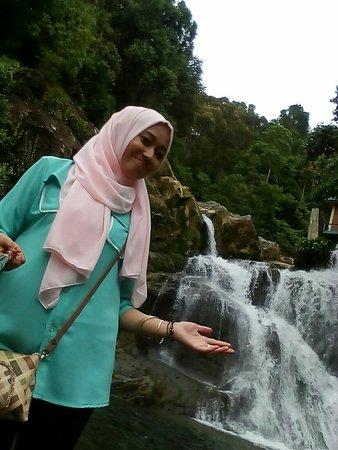 Aceh, Indonesia: Air terjun lhong