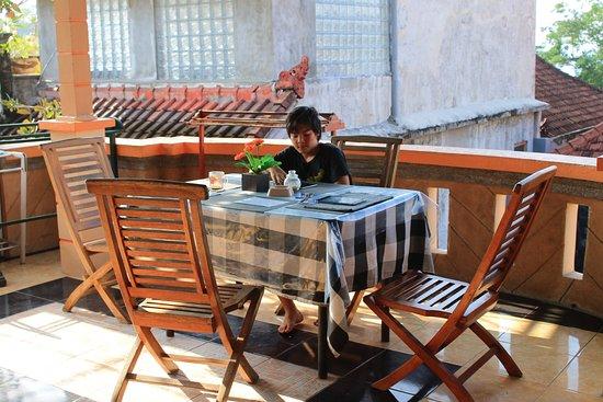 Падангбай, Индонезия: terrace area on top sea view