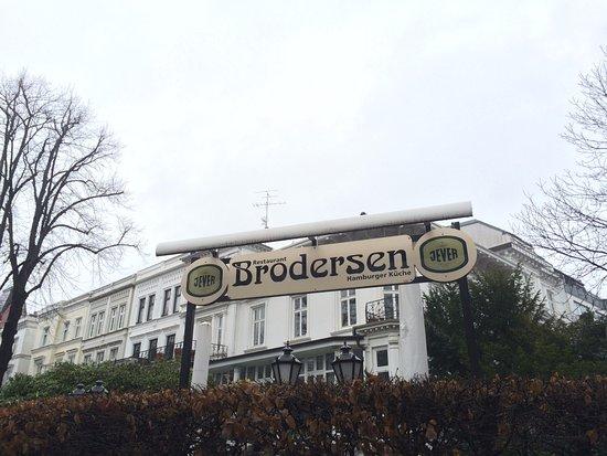 Brodersen Restaurant Hamburger Kuche: Fachada do Restaurante Brodersen