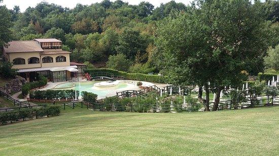 Sorano, Italië: Veduta su piscina termale