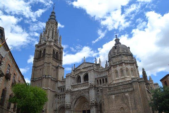 Province of Toledo, Espanha: Вид на Собор с улицы