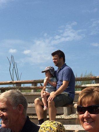 Randers, Danmark: En solskinsdag i Danmarksparken og til naturtalent show