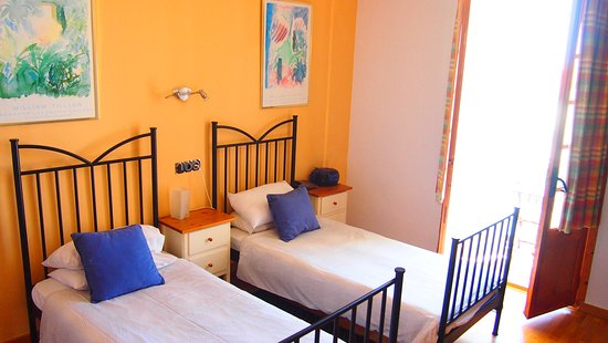 Hotel Liberty Sitges: Twin bed Rooms to garden and city side