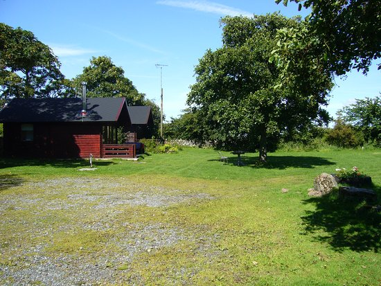 Llanddeusant, UK: View of the other two cabins from Rob`s rest.