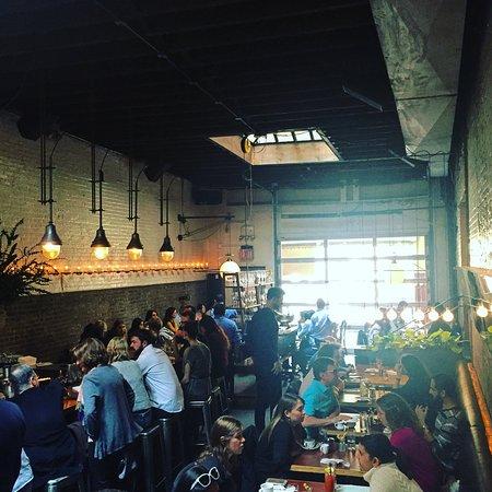 Public: restaurant vibe