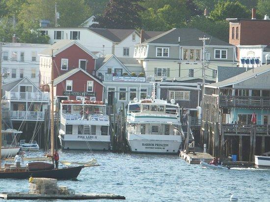 Cap'n Fish's Waterfront Inn: View of the harbor
