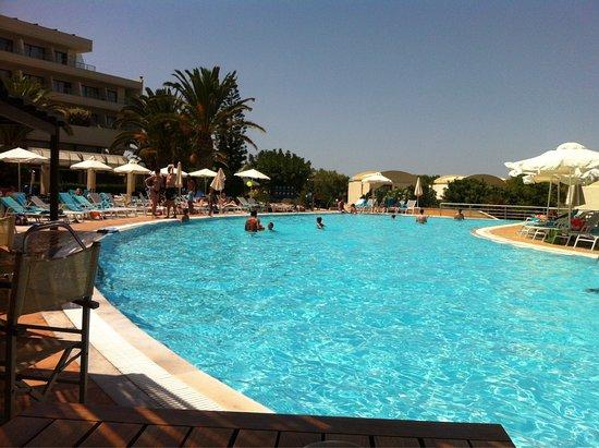 Agapi Beach Hotel Reviews