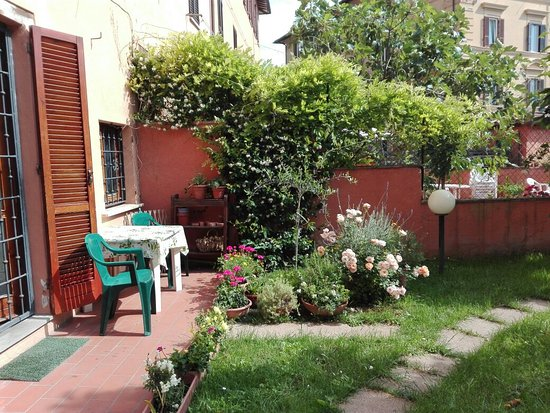 B&B At Alice's Garden: B&B Al Giardino di Alice