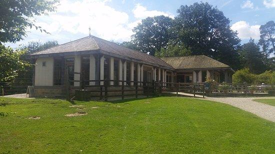 Castle Howard, UK: Arboretum shop/cafe/entrance