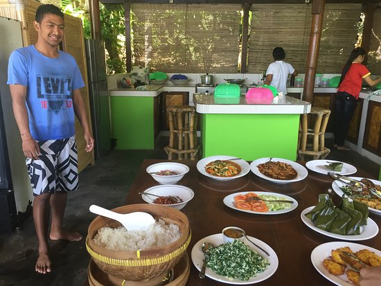 Ketut's Hideaway: Delicious lunch cooked by Ketut's family.