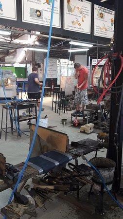Biot, France: Atelier de la verrerie