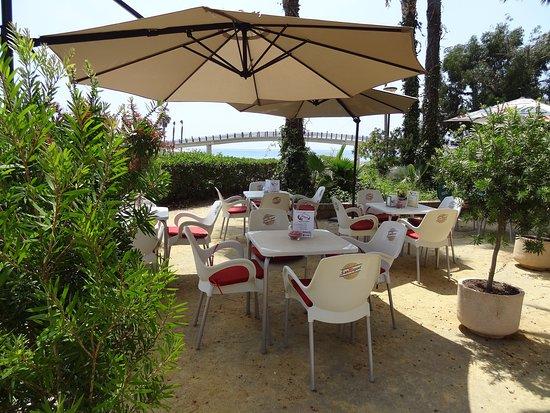 Algarrobo, Испания: El Jardin del Edén
