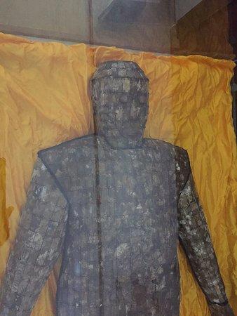 Shenyang, Kina: 印象に残った遺骸を覆う石人