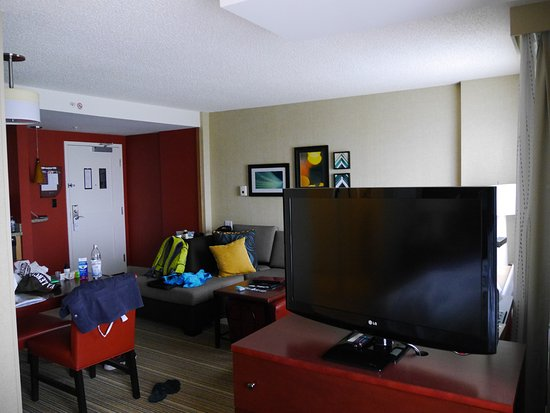 Residence Inn by Marriott Calgary Airport: Gesmtes Zimmer