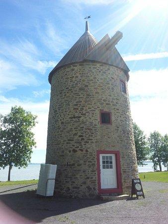 Notre-Dame-de-l'Ile-Perrot, Canada: Magnifique endroit, calme et paisible.