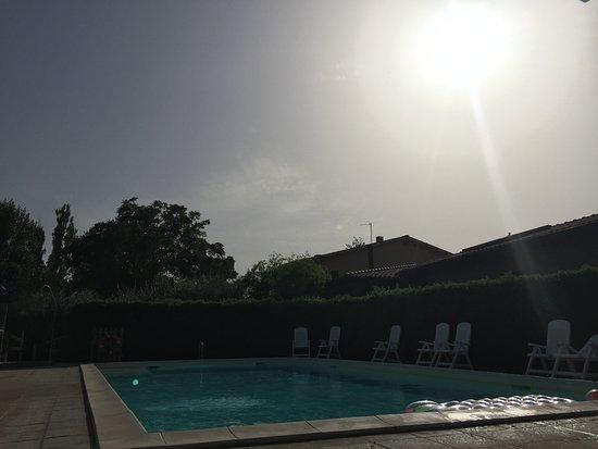 Agriturismo La Mora: piscina