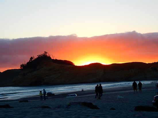 sunset from Pelican Pub in Pacific City, July 2016