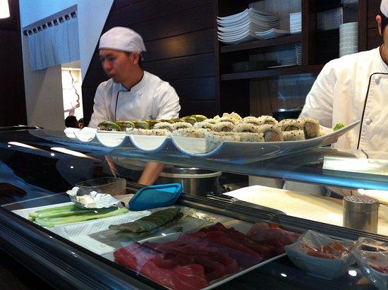 Hana Restaurant : MAN AT WORK II