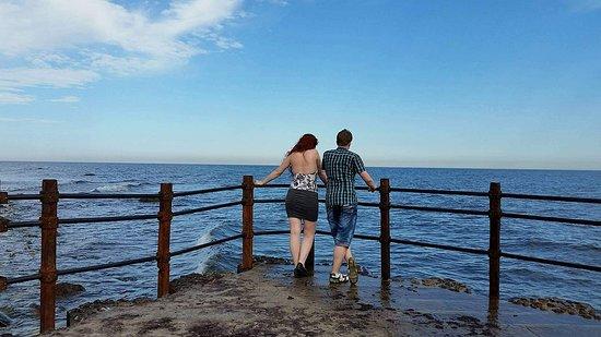 Trelleborg, Sverige: Be careful with the waves :p