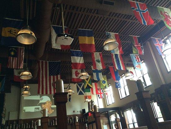 Plymouth, ميتشجان:  International flags