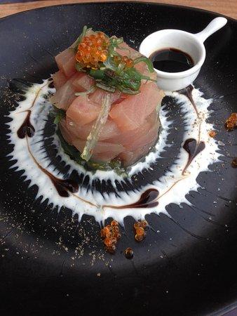Edegem, België: Tartaar van tonijn