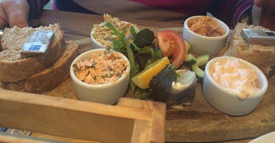 Craster, UK: The Jolly Fisherman Pub