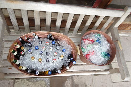 Bradford, PA: Skipper Lake - A variety of beer and soda were left for us to enjoy at the bonfire.
