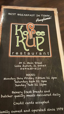 Lake Zurich, IL: Menu and some seating area.