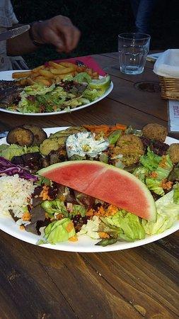 St. Gildas de Rhuys, Γαλλία: L'assiette végétarienne