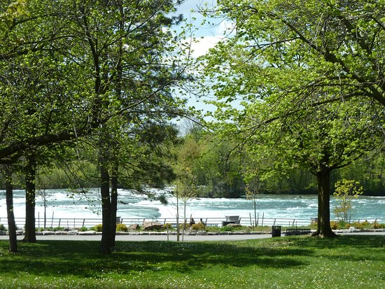 Scenic Niagara Falls State Park