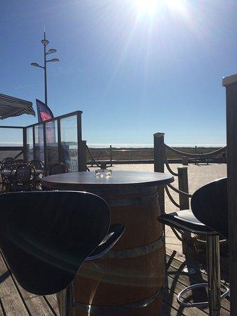 La Faute sur Mer, Frankrijk: Cocktail et terrasse en plein soleil  !
