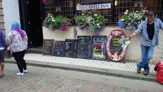 The Castle Inn: Traditional