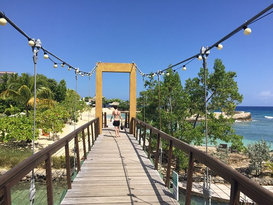 Goldeneye Resort: photo6.jpg