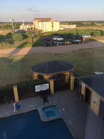 BEST WESTERN PLUS Schulenburg Inn & Suites : photo1.jpg