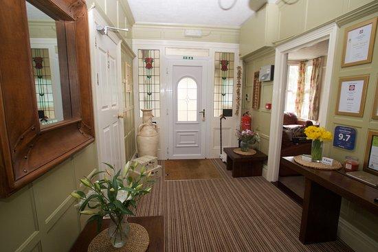 Chynoweth Lodge: Hallway