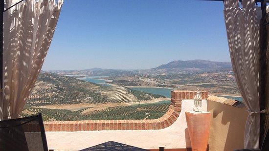 Iznajar, İspanya: Views from the terrace!
